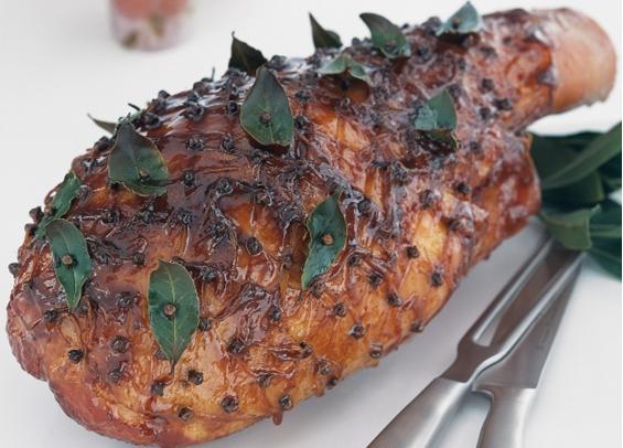 Image 1 for How to Glaze a ham